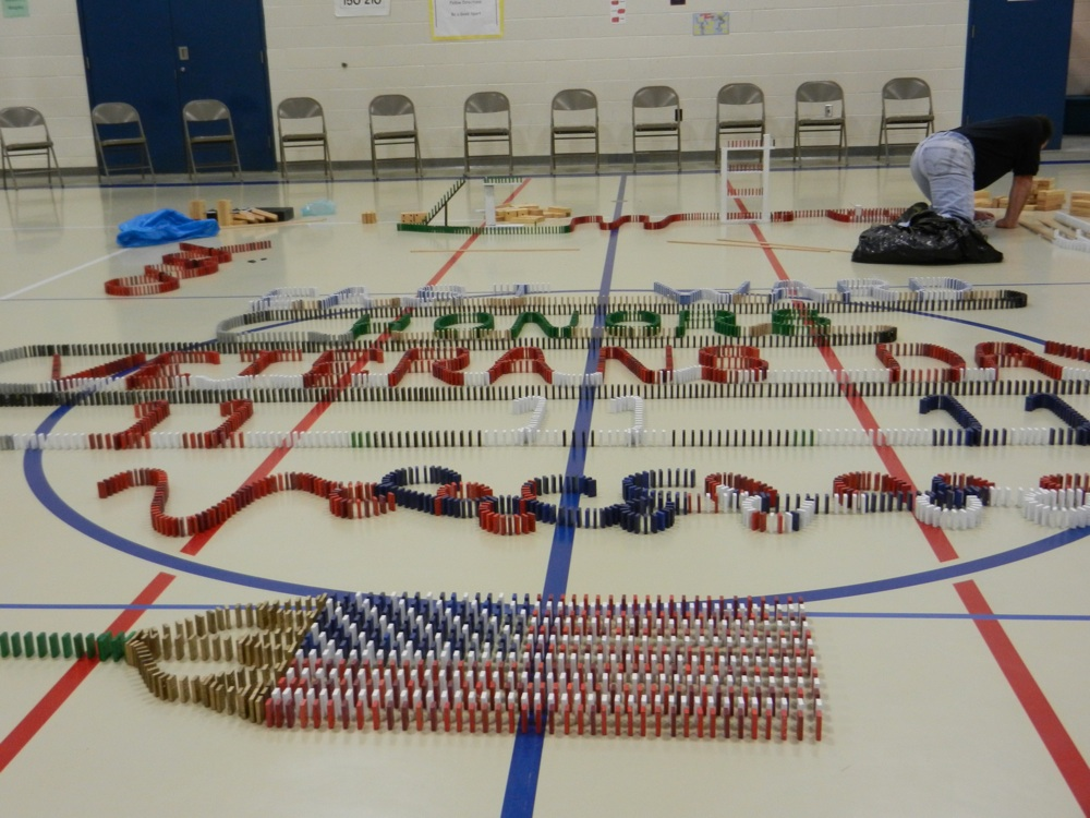 Veterans Day 2011 Domino Show nearing completion !